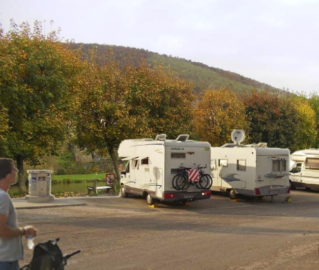 Aire De Stationnement Caming Car St Pierre